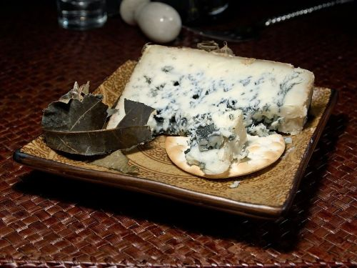 cabrales cheese blue mold