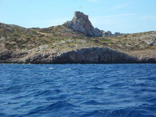 cabrera water island