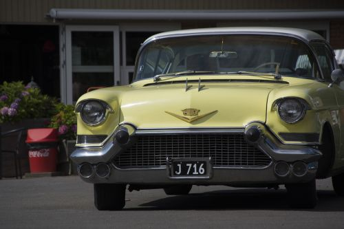 cadillac oldtimer cars