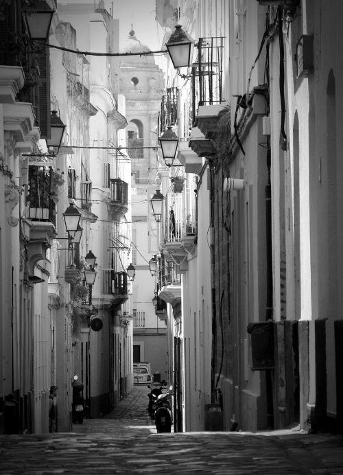 cadiz spain old town
