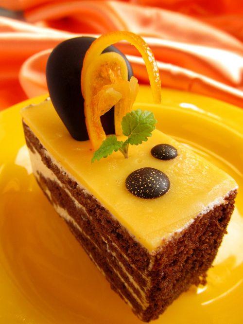cake dessert fruit