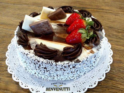 cake sweet tasty
