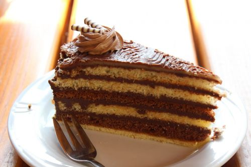 cake chocolate nut nougat tart