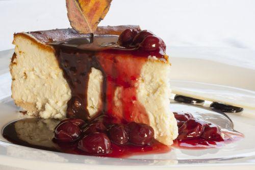 cake cherry red
