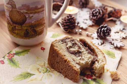 cake  reindling  nut