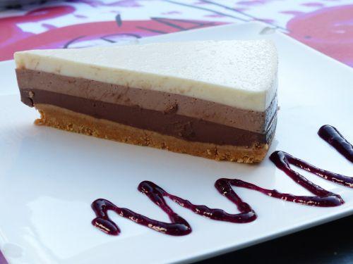 cake chocolate cake three-layer