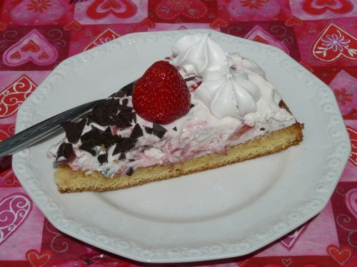 cake piece of cake served