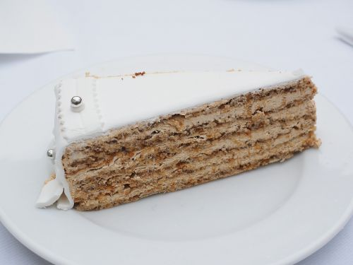 cake piece of pie wedding cake