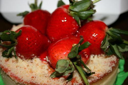 cake strawberry sweet