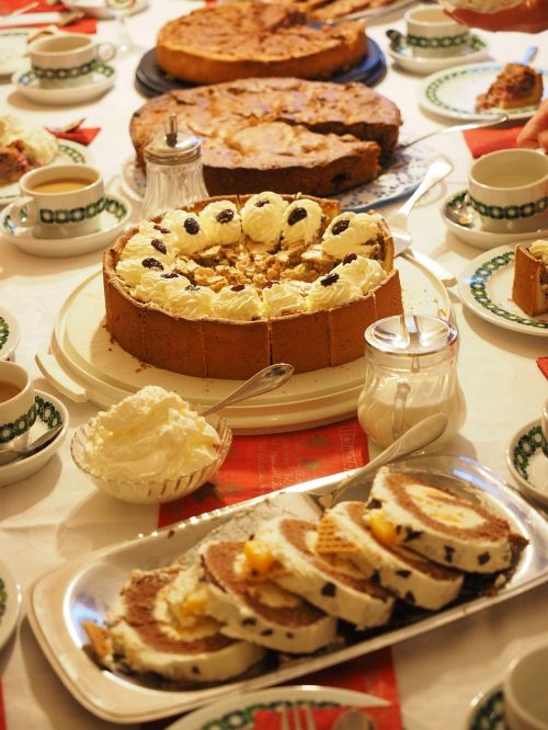 cake cakes cake buffet