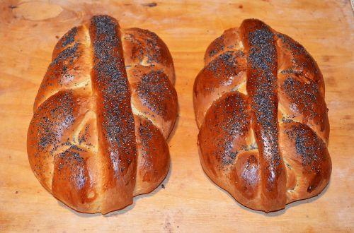cake yeast chałka bread