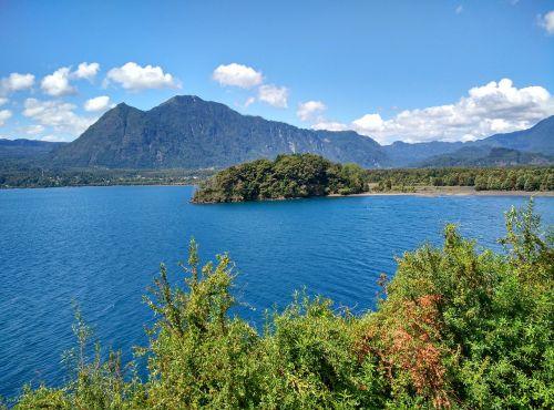 calafquen chile lakes region
