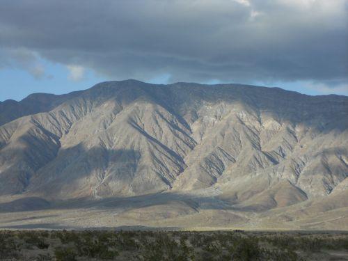 california borrego springs mountains
