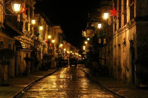 calle crisologo street lamp street lights