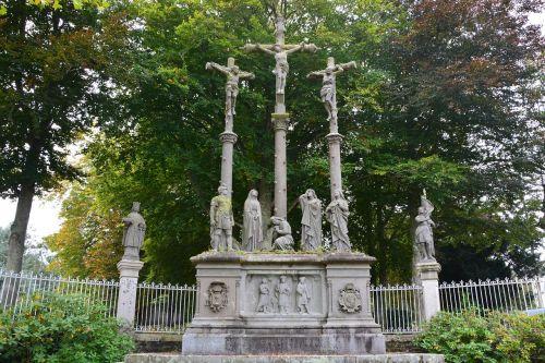 calvary religious monuments stones