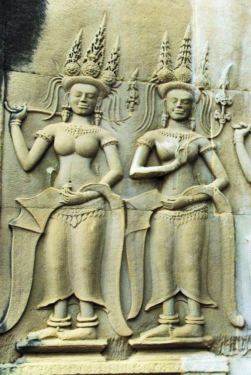 Kambodža,Angkor,šventykla,bayon,skulptūra,šokėjai,sugadinti,angkor tomas