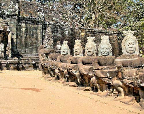 cambodia angkor bayon