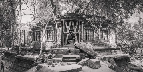 cambodia siem reap collapse key column