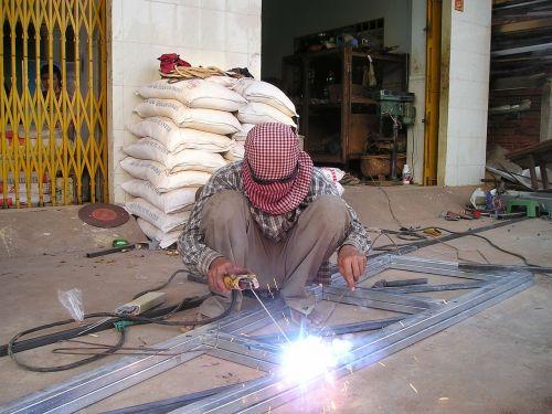 cambodia welder weld