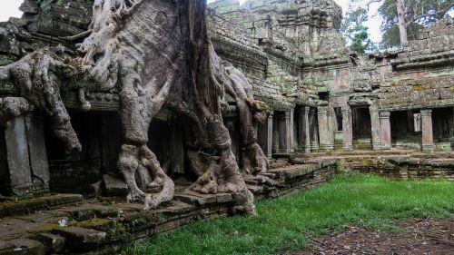 cambodia angkor temple