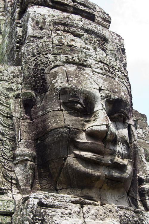 cambodia angkor wat statue