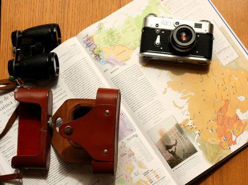 camera old travel