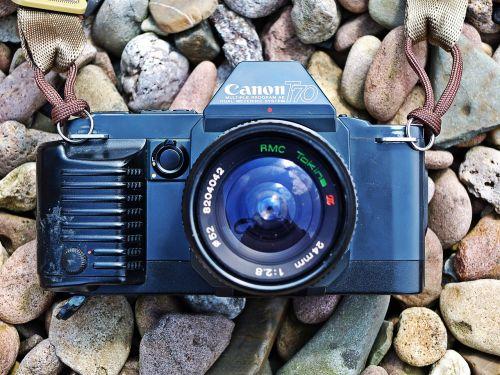 camera canon t70