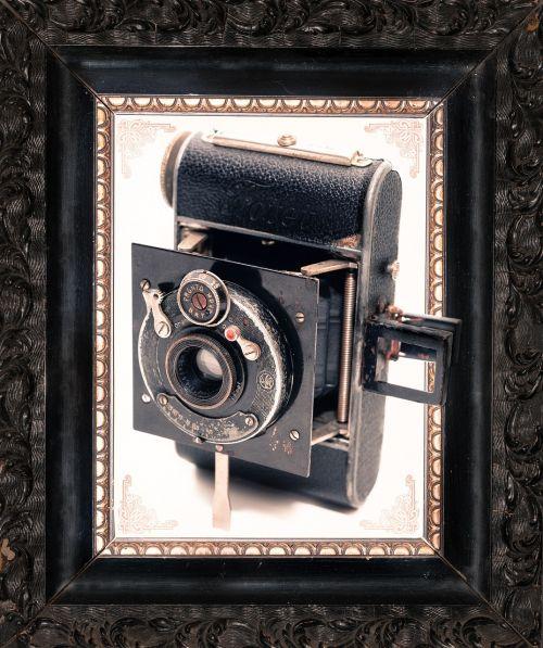 camera frame old