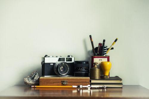 camera pencils pens