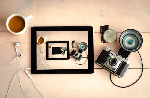 camera flash lens