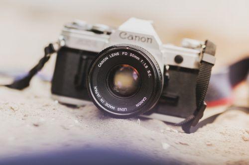 camera analogue antique
