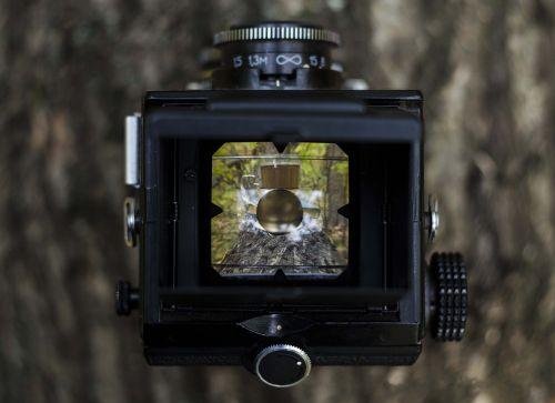 camera lens viewfinder
