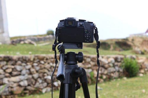 camera  dslr  tripod