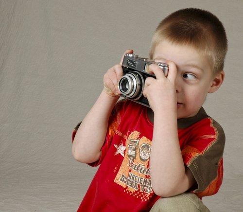 camera  child  studio photography