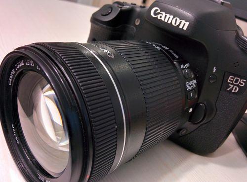 fotoaparatas,skaitmeninė kamera,kanonas,dslr,canon eos 7d,skaitmeninis,canon eos,eos 7d,7d,objektyvas,fotografavimas