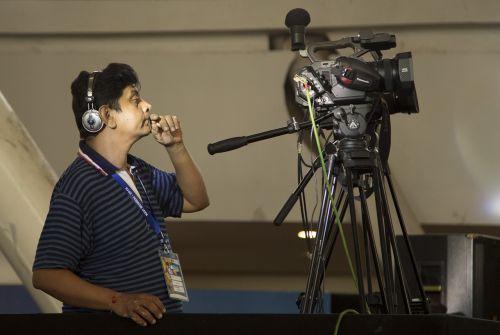 cameraman video man video shooting