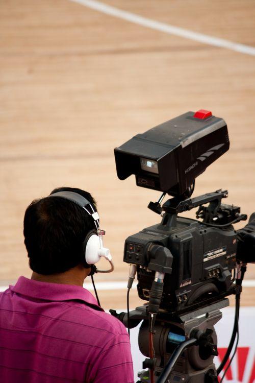 cameraman videographer headphones