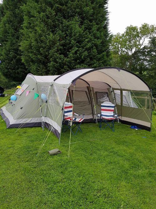 camp tent camping