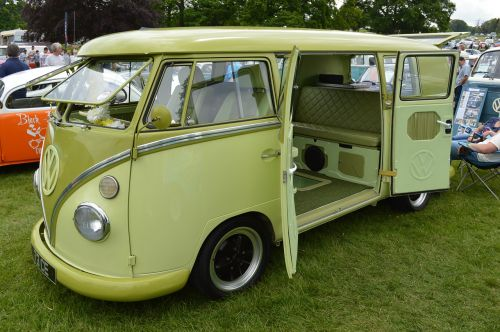 camper retro journey