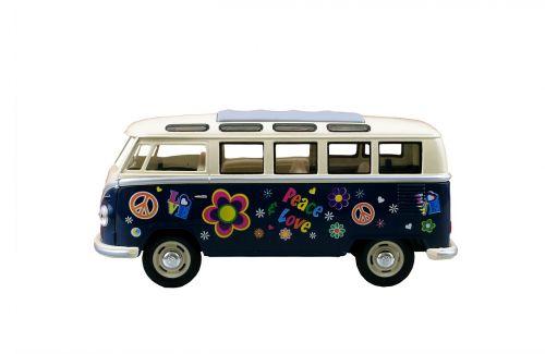 kemperis,van,retro,Volkswagen,hipis,kelionė,kelionė,atostogos,rekreacinė,laisvalaikis,gyvenimo būdas,kemperis,laisvė,kelionė,linksma,transportas,transporto priemonė,nuotykis,gabenimas,kelionė,kempingas,be rūpesčių,izoliuotas,balta,fonas,gėlės,gėlių galia,meilė,taika,60s,vintage