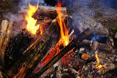 campfire fire heiss