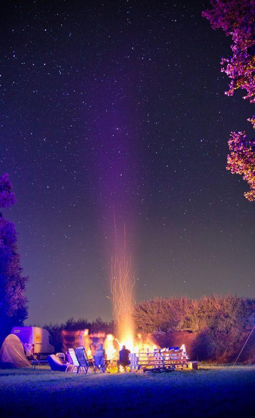 campfire starry sky star
