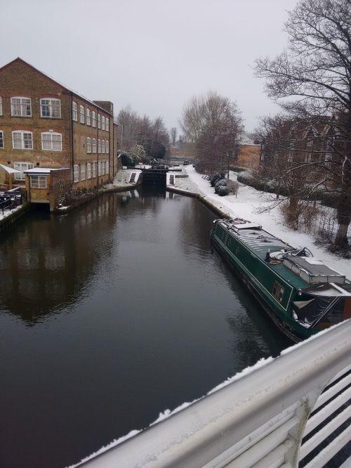 canal snow hemel hempstead