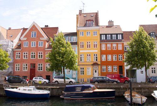 canal copenhagen christianshavn
