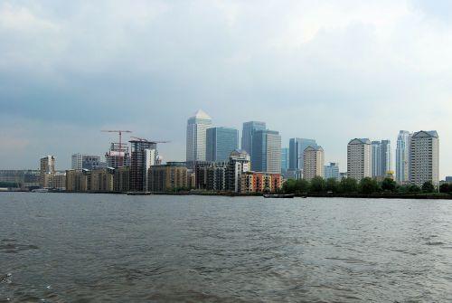 canary wharf business city