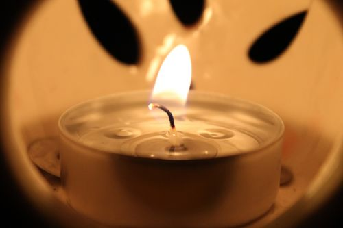 žvakė,Ugnis,šviesa,liepsna,vaškas,žvakių šviesa,žėrintis,šiluma,deginimas,švytėjimas,šiltas,namai,deginti,šviesus,apdaila,vazos šviesa