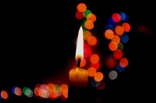 candle bokeh lights