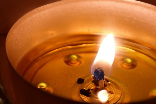 candle flame wick