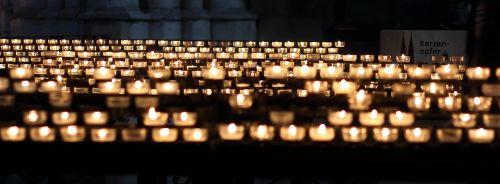 candles church prayer