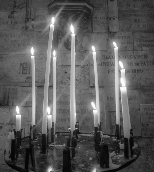 candles church cathedral
